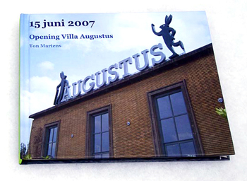 Villa Augustus: Opening of the Gardens and Restaurant > Blurb-boek